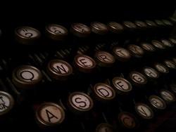 Pisanie to trudna sztuka. Niektórzy trochę o tym zapomnieli (fot. Mike McKay, Flickr)