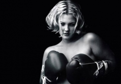 drew_barrymore_boxing_wallpaper-800x600
